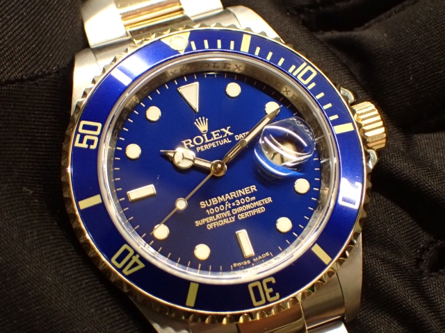 鮮やかなブルーダイヤル SUBMARINER Ref.16613 ブルー
